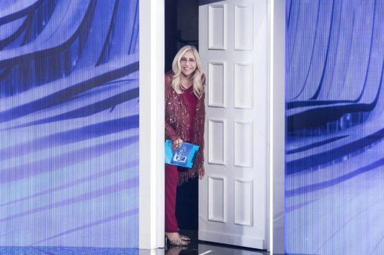 Live venerdì 20 dicembre 2019: La porta dei sogni, primo appuntamento, con Mara Venier, in prime time su Rai 1