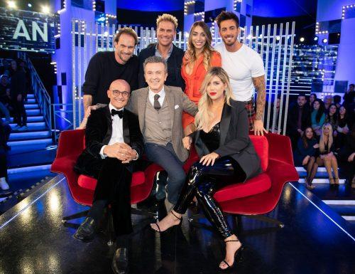 Live venerdì 31 gennaio 2020: #GFVip 4, ottava puntata, con Alfonso Signorini, in prima serata su #Canale5