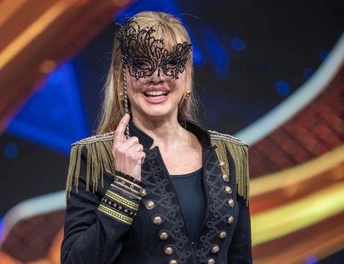 Live venerdì 31 gennaio 2020: Il Cantante Mascherato, ultima puntata, con Milly Carlucci, in prime time su Rai1