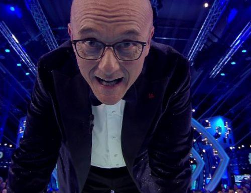AscoltiTV 17 gennaio 2020 · Dati Auditel del venerdì: Il Cantante Mascherato (19,52%), GFVip4 (17,67%), Quarto Grado (6,78%), Io sono vendetta (7,01%). Amici (20,56%) e GFVip (18,93%) su Canale5