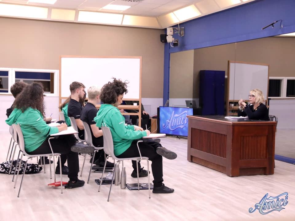Live undicesimo speciale di Amici19 di Maria De Filippi, su Canale5