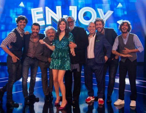 Stasera su Italia 1 parte il nuovo show Enjoy – Ridere fa bene con Diana Del Bufalo e Diego Abatantuono