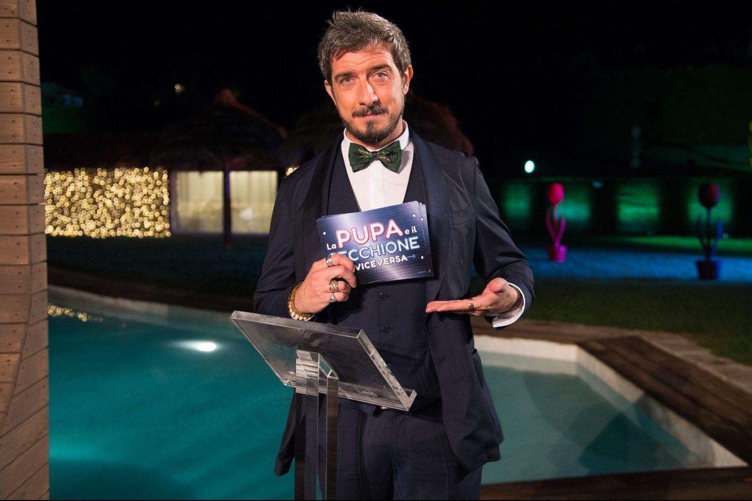 Live martedì 18 febbraio 2020: La Pupa e il Secchione e viceversa ultima puntata, con Paolo Ruffini su Italia 1, prodotto da EndemolShine Italy