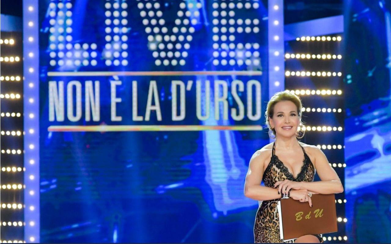 Live 16 febbraio 2020 Non è la D'Urso diciannovesima puntata su Canale 5