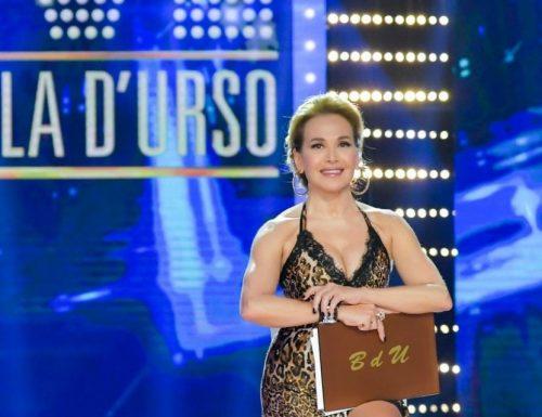 Live domenica 16 febbraio 2020: Live Non è la D'Urso, diciannovesima puntata con Barbara D'Urso su Canale 5