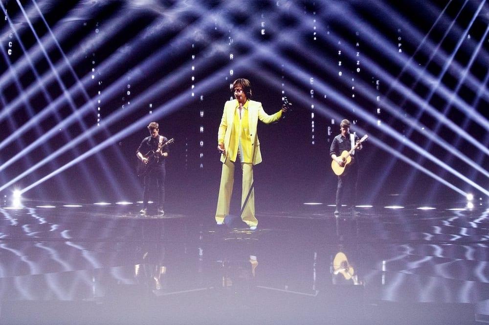 Live venerdì 7 febbraio 2020: #Festival di #Sanremo2020, la quarta serata con la finale dei giovani, con Amadeus (Rai1)