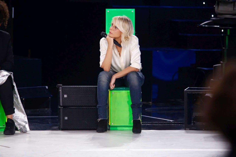 Live 27 marzo 2020: Amici di Maria De Filippi quinta puntata. Arriva la semifinale del talent show di Canale5. Prodotto da Fascino PGT per RTI