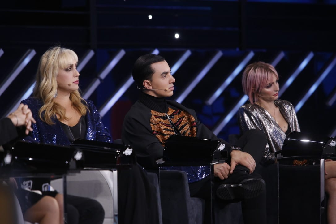 Live 7 marzo 2020 Sabato Ammiraglia con Amici di Maria De Filippi e i talk Verissimo (in onda su Canale5) vs Italia Si! (in onda su Rai1)