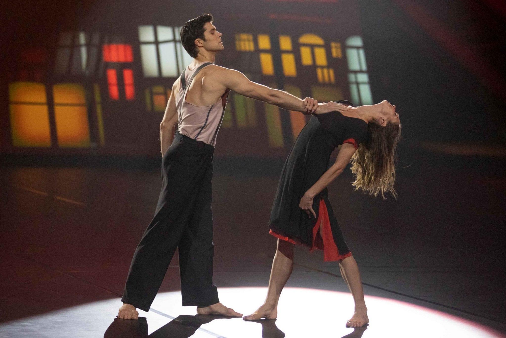 Doppio live sabato 18 aprile 2020: Danza con me vs Ciao Darwin