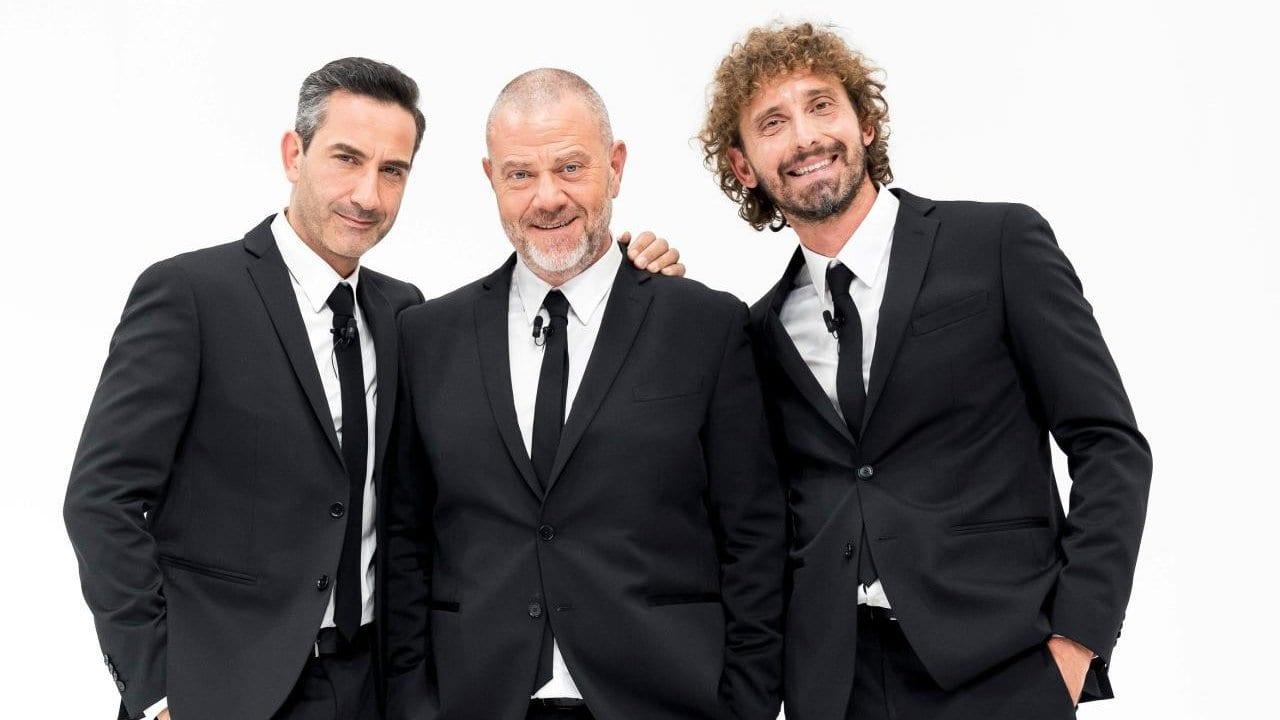 Live martedì 21 aprile 2020: Le Iene Show ritorna in tv
