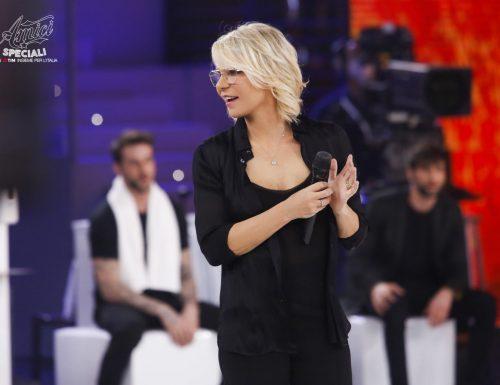 Live 29 maggio 2020: Amici Speciali, terzo appuntamento. Con Maria De Filippi, la semifinale su Canale5