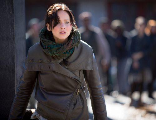 CinemaTivu · Hunger Games: Il canto della rivolta Parte 2 (Usa 2014), con Jennifer Lawrence, dall'omonimo romanzo di Suzanne Collins, su Italia1