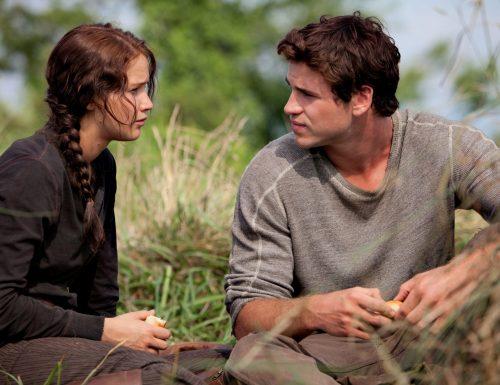 CinemaTivu · Hunger Games: Il canto della rivolta Parte1 (Usa 2014), con Jennifer Lawrence, dall'omonimo romanzo di Suzanne Collins, su Italia1