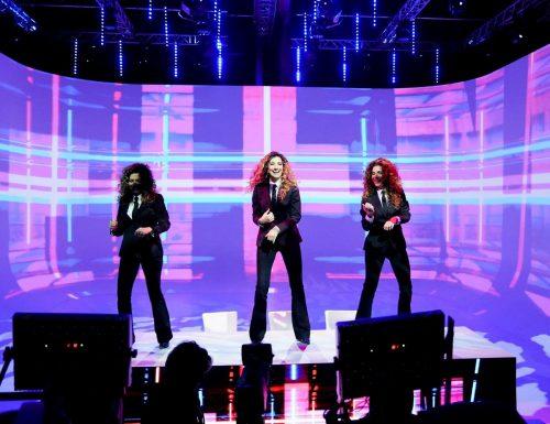 Live 26 maggio 2020: Le Iene Show, su Italia1. Dalla violenza domestica durante il lockdown allo scherzo a Jo Squillo