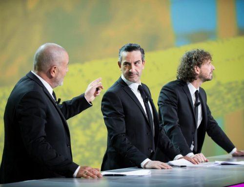 Live 2 giugno 2020: Le Iene Show, su Italia1. La querelle Lotito vs Zarate, Sandra Milo da Conte e lo scherzo di Alex Belli a Delia Duran
