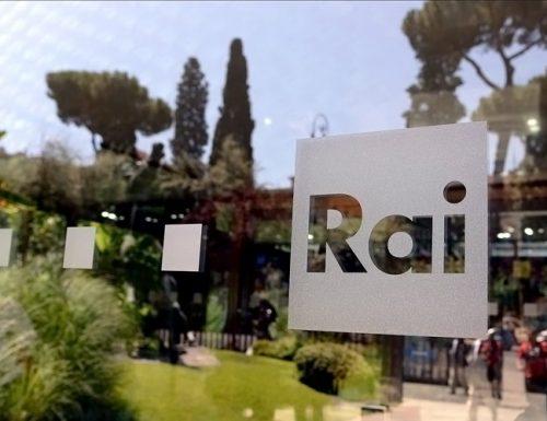 LIVE Presentazione palinsesti 2020/2021 della Rai: artisti in sala, giornalisti in collegamento