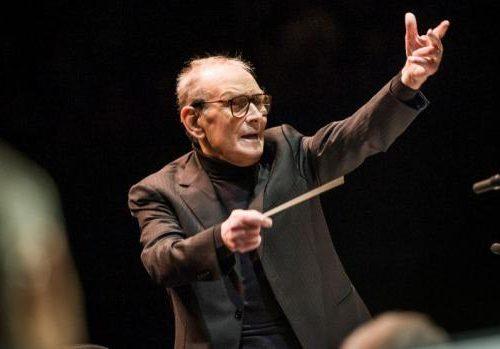 Rai e Mediaset omaggiano Ennio Morricone: programmazione speciale, ecco i dettagli