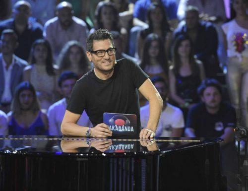 Le novità di Tv8: arriva Name that tune con Enrico Papi, confermati gli altri programmi di punta