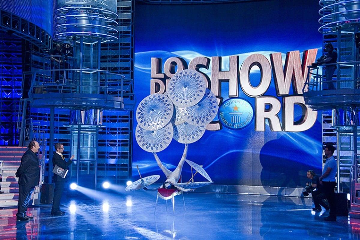Live 21 luglio 2020: Lo Show dei Record (2015), Prima puntata