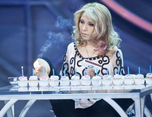 Live venerdì 31 luglio 2020: Lo Show dei Record (2015), seconda puntata. Con Gerry Scotti, in prime time, in onda su Canale5