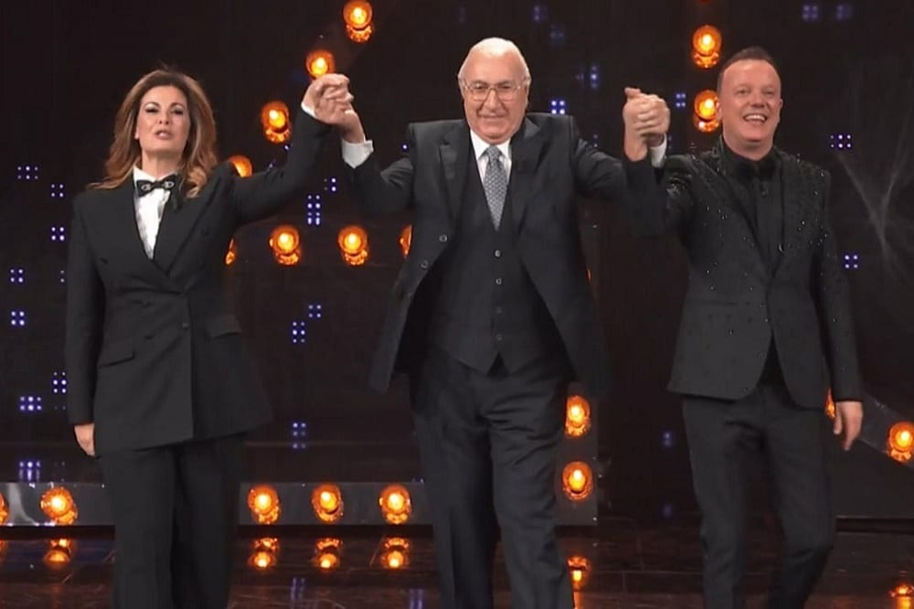 AscoltiTV 4 luglio 2020 · Dati Auditel del sabato: Ciao Darwin vs 20 Anni che siamo italiani, una puntata choc di Una vita e Lo specchio della vendetta
