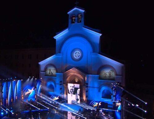 Live 4 luglio 2021 · Una voce per Padre Pio 2021, condotto da Mara Venier, in onda in prima serata su RaiUno