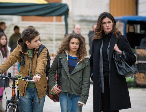 Titoli di coda: Sorelle, quinto e sesto appuntamento. Con Anna Valle, Ana Caterina Morariu e Loretta Goggi, su Rai1