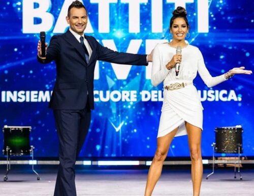 Elisabetta Gregoraci da stasera su #Italia1 con il #BattitiLive e in futuro? Le sue parole!
