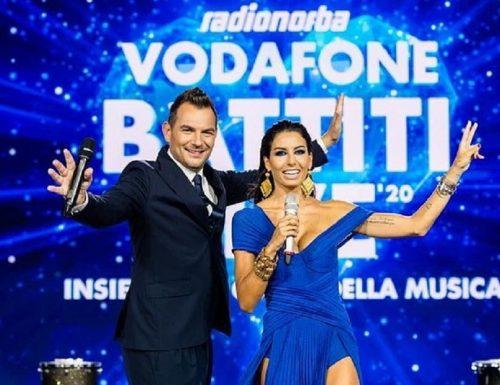 Live lunedì 3 agosto 2020 · Radionorba Vodafone Battiti Live 2020, seconda puntata. Con Alan Palmieri ed Elisabetta Gregoraci, in prime time su Italia1