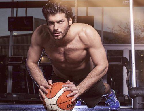 Can Yaman, il protagonista maschile della serie Daydreamer, attualmente in onda in Turchia con Bay Yanliş, sarà presto in Italia, in 2 programmi Mediaset