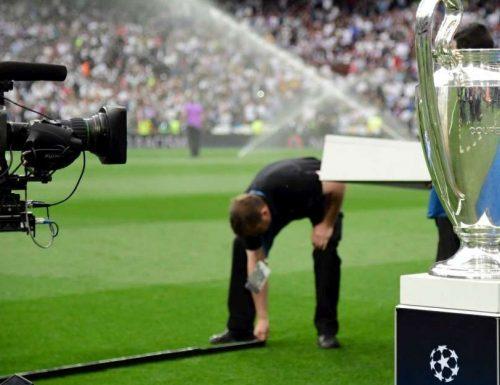 Diritti tv #ChampionsLeague: lunedì scade il termine per le offerte, in corsa 5 network