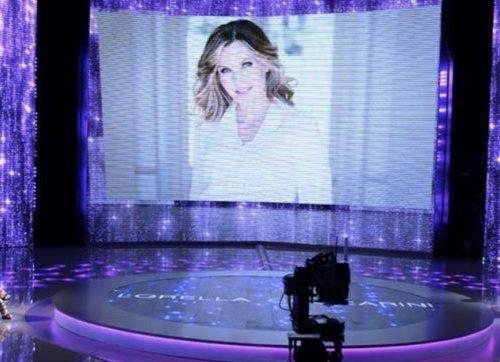 """Lorella Cuccarini a #Verissimo: """"Una persona in onda faceva il migliore amico, dietro le quinte piano che andava in altra direzione"""""""