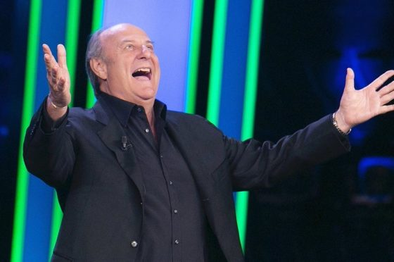 Gerry Scotti finalmente negativo: sabato sera sarà presente alla finale di #tusiquevales!