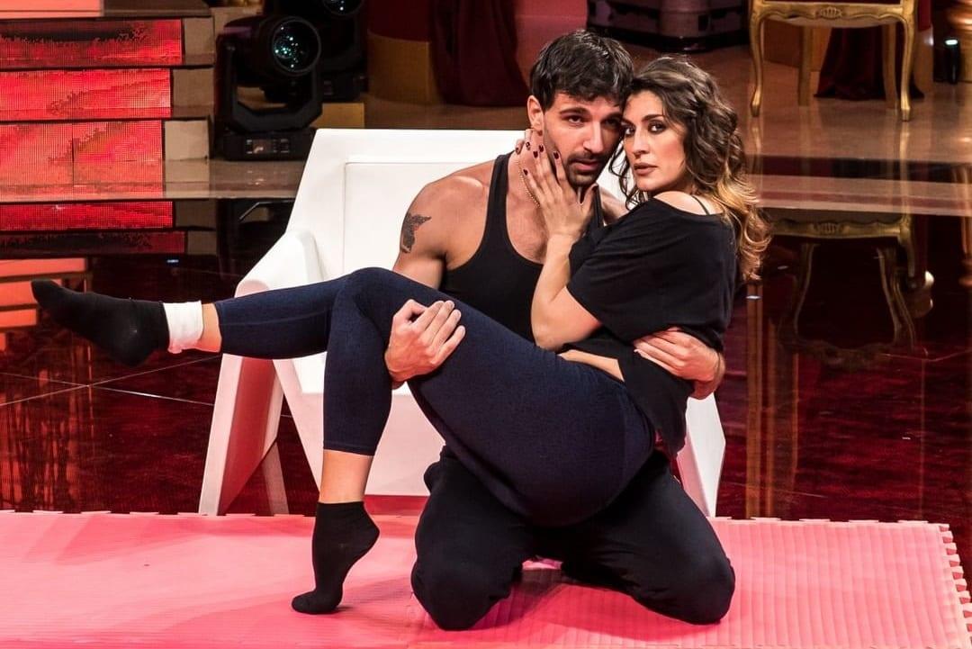 Live sabato 31 ottobre 2020: Ballando con le stelle 2020 settima puntata. Con Milly Carlucci e una parata di stelle, in prime time su RaiUno