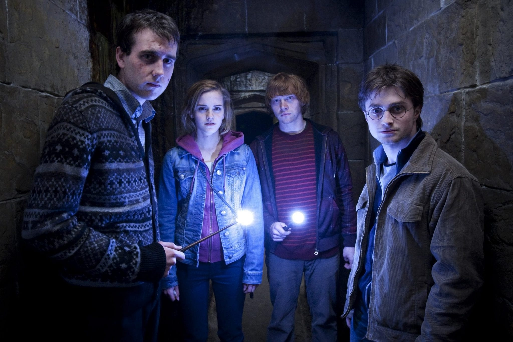 Il fenomeno letterario Harry Potter, di J.K. Rowling, attualmente in onda su canale5, arriva nelle nostre case grazie a un click su Amazon