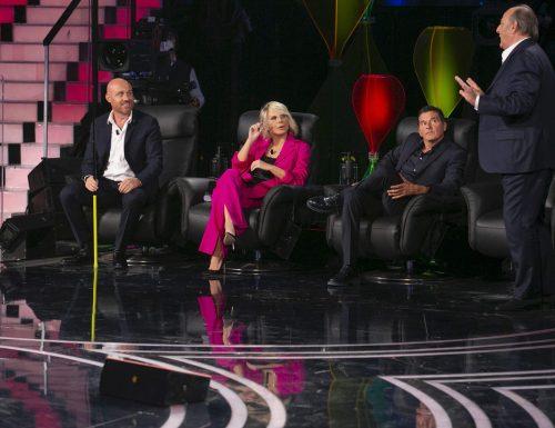 Live 14 novembre 2020 · Tu si que vales 2020, decima puntata. Con Belen Rodriguez, Martin Castrogiovanni e Alessio Sakara, su Canale5