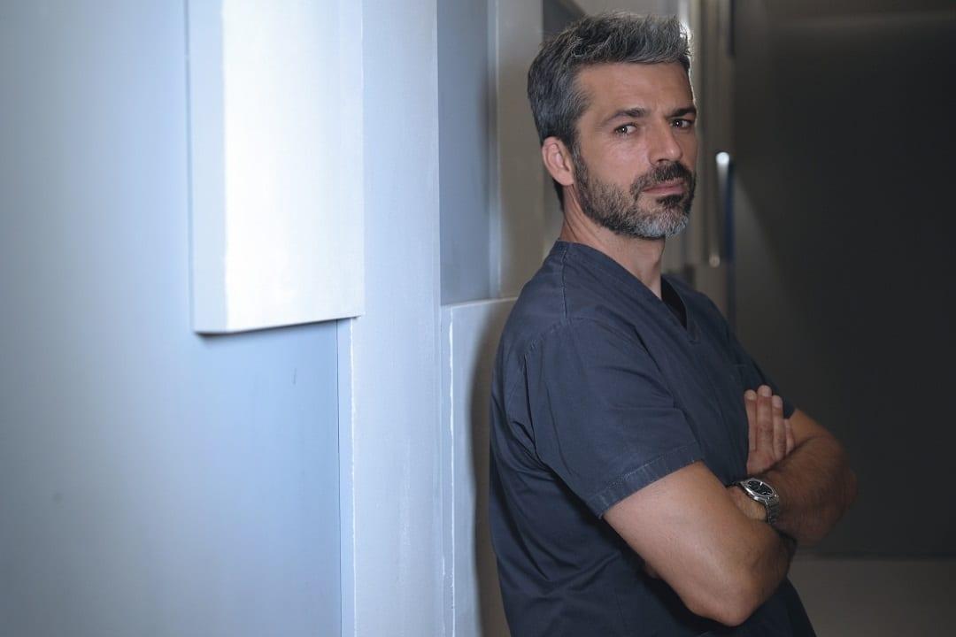 Titoli di coda: DOC Nelle tue mani ultimo appuntamento. Con Luca Argentero, in prima visione assoluta su Rai1. Prodotta da LuxVide e RaiFiction