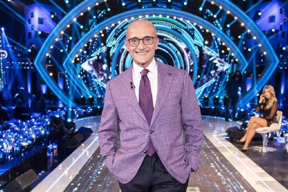 Live lunedì 16 novembre 2020 · Grande Fratello Vip 5 diciannovesima puntata. Il GFVip è condotto da Alfonso Signorini, in prima serata su Canale5