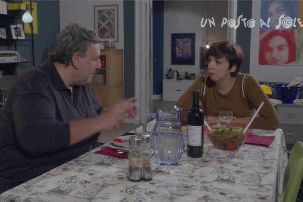 Un posto al sole settimana dal 16 al 20 novembre 2020: Susanna si sente in colpa per le scelte lavorative di Niko. Marina è in difficoltà finanziarie per colpa di Roberto