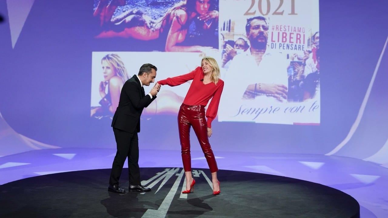 Live martedì 8 dicembre 2020 · Le Iene Show 2020 diciannovesimo appuntamento. Ideato da Davide Parenti, in onda in prime time su Italia1