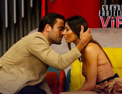 Live 7 dicembre 2020 · Grande Fratello Vip, ventiquattresima puntata. Il GF Vip 5 è condotto da Alfonso Signorini, in prima serata su Canale5