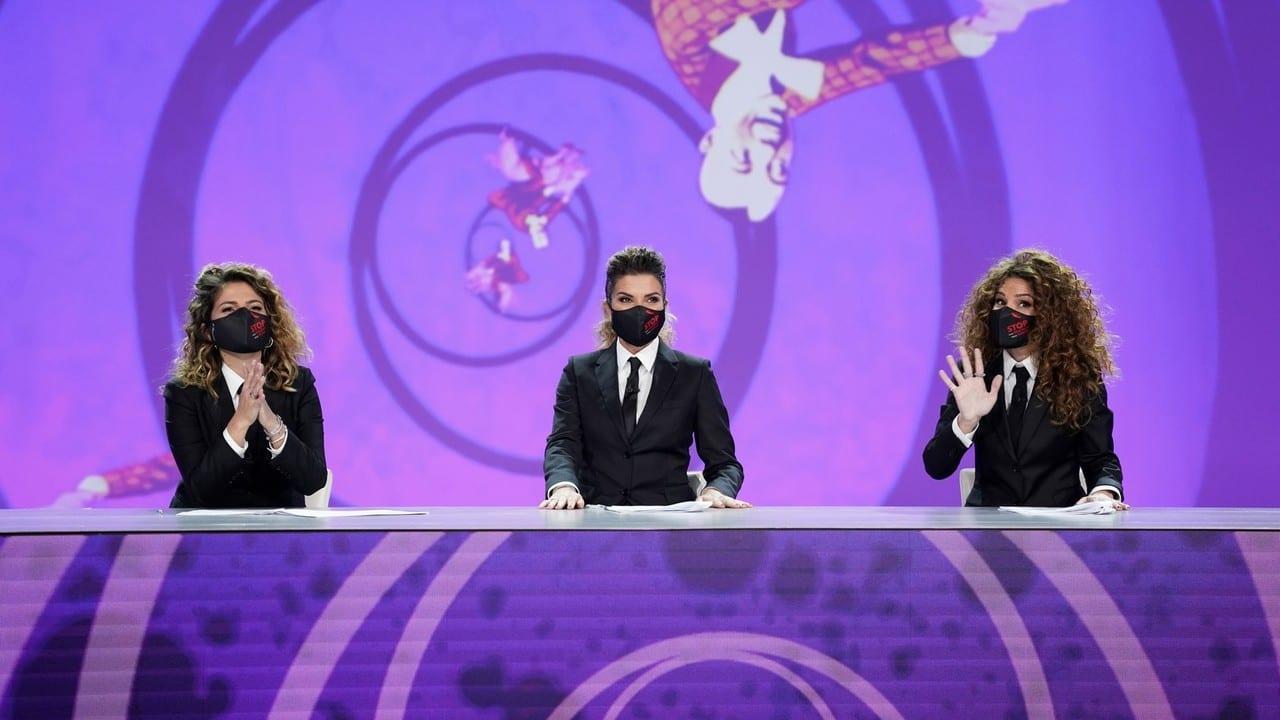Live giovedi 10 dicembre 2020 · Le Iene Show 2020 ventesimo appuntamento. Ideato da Davide Parenti, in onda in prime time su Italia1
