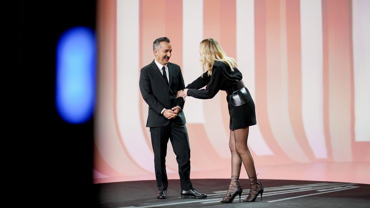 Live martedì 15 dicembre 2020 · Le Iene Show 2020 ventunesimo appuntamento. Ideato da Davide Parenti, in onda in prime time su Italia1