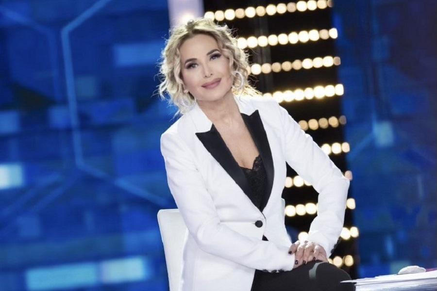 Live domenica 6 dicembre 2020 · Non è la D'Urso 2020 tredicesima puntata. Condotto da Barbara D'Urso, in prima serata in onda su Canale5