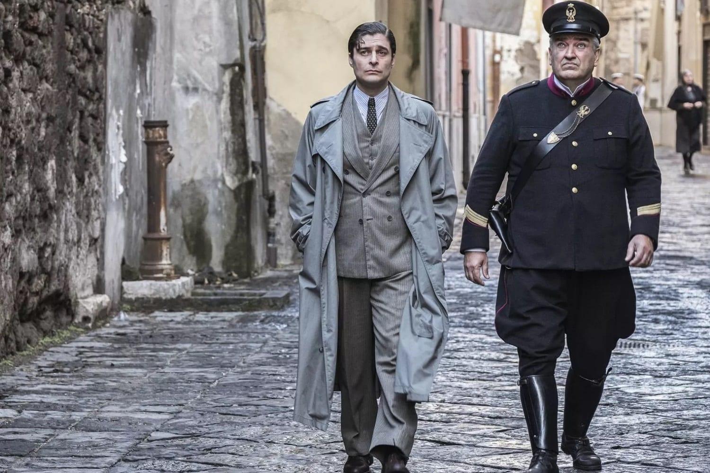 Fiction Club · Il commissario Ricciardi primo appuntamento. Con protagonista Lino Guanciale, in onda in prima visione assoluta su RaiUno