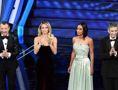 Chi affiancherà Amadeus a #Sanremo2021? Si fanno tanti nomi, tra ritorni e novità. Anche la Civitillo?