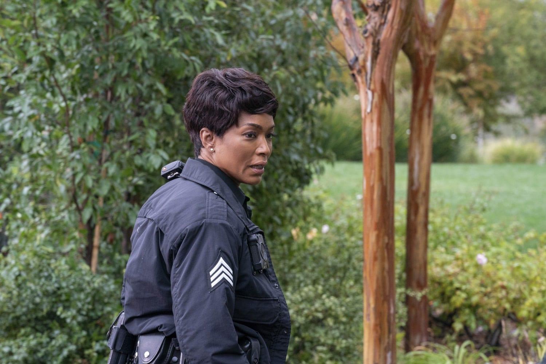 SerieTivu: 9-1-1 settimo appuntamento. Con protagonista Angela Bassett nei panni di Athena Carter Nash, in prima visione tv su RaiDue