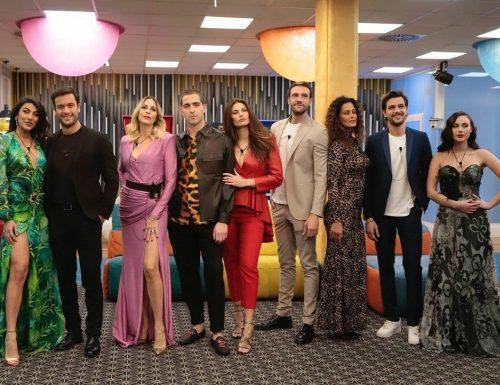 Live 22 febbraio 2021 · Grande Fratello Vip 5, quarantaduesima puntata. Il GFVip è condotto da Alfonso Signorini, in prima serata su Canale5