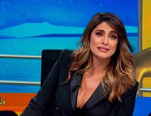 """Elisa Isoardi pronta all'Isola dei Famosi: """"Voglio far uscire la parte più bella. Ho bisogno di un reset"""""""