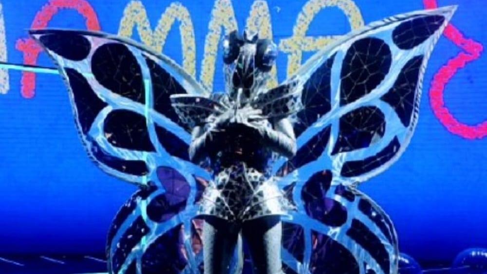 Live 19 febbraio 2021 · Il Cantante Mascherato 2021 quarto appuntamento. Condotto da Milly Carlucci, in onda in prima serata su RaiUno